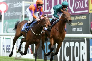 Bheleyf wins her first race at Brighton Racecourse under Harry Bentley