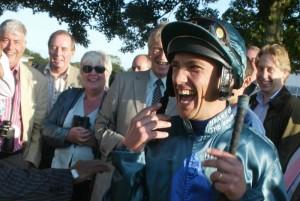 racehorse-ownership-parade-ring